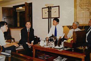 Kỷ niệm của nhà báo từng tháp tùng nguyên Thủ tướng Phan Văn Khải
