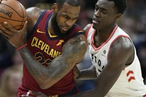 Toronto 129-132 Cleveland: LeBron James biến bầy khủng long thành kẻ bại trận quen thuộc
