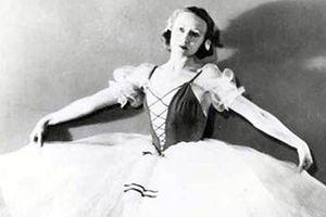 Nữ hoàng ballet Galina Ulanova: 'Tuổi trẻ là hoạt động!'