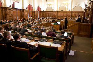 Latvia chậm thi hành chính sách chống rửa tiền