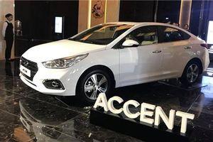Hàng 'nóng' Hyundai SantaFe 2019, Accent 2018 về Việt Nam chỉ để... trưng bày