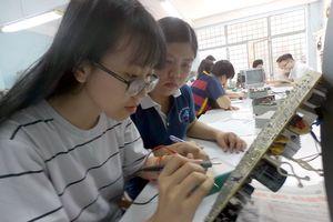Cần tăng cường kỹ năng mềm cho sinh viên kỹ thuật