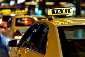 Doanh nghiệp taxi đầu tiên dừng hoạt động tại Việt Nam vì Uber, Grab
