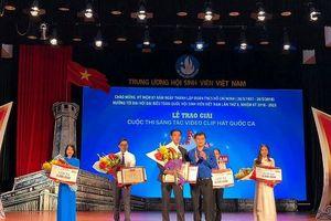 ĐH Phạm Văn Đồng giành giải Nhất thi sáng tác video, clip hát Quốc ca