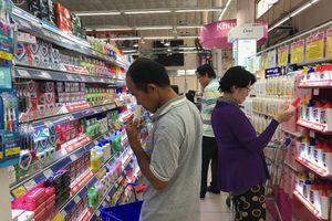 Xà bông, bột giặt Việt Nam lép vế trên thương trường
