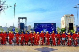 Bình Thuận: Hàng nghìn người diễu hành hưởng ứng Giờ Trái đất năm 2018