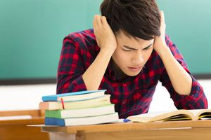 Những mẹo giúp bạn giảm bớt căng thẳng trong mùa thi