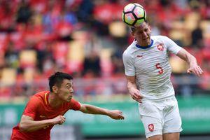 Thua đậm CH Czech, tuyển Trung Quốc trắng tay rời giải đấu ở sân nhà