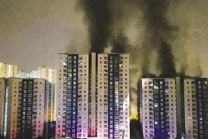 Cháy chung cư Carina: Chỉ thẳng 'điểm chết'