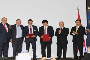 Vietjet ký các hợp đồng, thỏa thuận trị giá 7,3 tỉ USD tại Pháp
