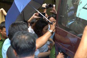 Thêm 3 người bị khởi tố trong vụ khách VIP mất 245 tỷ đồng tại Eximbank TP.HCM