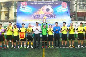 Giải bóng đá Đoàn thanh niên VKSND tối cao lần thứ 4: Vui tươi, sôi nổi, đoàn kết