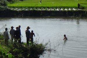Bé trai 18 tháng tuổi tử vong vì đuối nước ở ao cạnh nhà