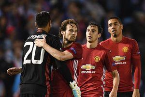 Bán cầu thủ 'theo mớ', Mourinho quyết tâm 'thay da đổi thịt' Man United