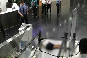 Tin thêm về vụ nữ sinh lớp 11 nhảy lầu tại tòa nhà cao nhất TP HCM
