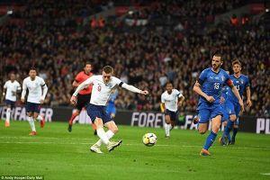 Anh để đối thủ kỵ giơ Italia cầm chân đáng tiếc ở phút cuối trận