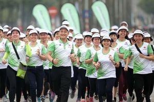 'Gia đình' 10.000 người của Herbalife tham gia Ngày chạy Olympic vì sức khỏe toàn dân