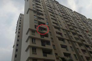 Sài Gòn: Cụ bà 75 tuổi rơi từ tầng 6 chung cư xuống đất tử vong