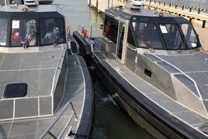 Mỹ bàn giao 6 xuồng tuần tra phản ứng nhanh cho Cảnh sát biển Việt Nam
