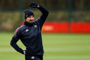 Ibrahimovic rời Old Trafford vì M.U bị loại sớm ở Champions League