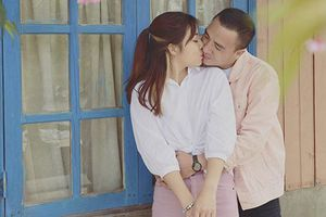 Hot Face sao Việt: MC 'Chúng tôi là chiến sĩ' tình tứ bên bạn trai