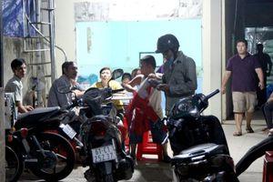 TP.HCM: Sửa bồn nước, ông chủ lò bún và thợ hàn xì bị điện giật tử vong