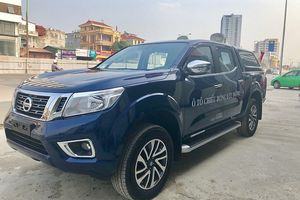 Nissan Việt Nam bàn giao lô xe Navara phục vụ chiếu bóng lưu động