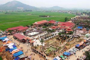 UNESCO Việt Nam trao bằng bảo trợ Cụm di tich Đền - Chùa Gám ở Nghệ An