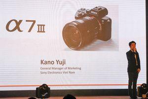 Máy ảnh Sony A7 III trình làng, giá gần 50 triệu đồng