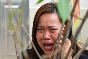 Cháy chợ ở Hà Nội, nhiều tiểu thương khóc ngất