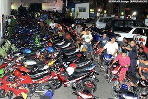 Malaysia sẽ cho phép thi bằng lái xe máy từ 14 tuổi?