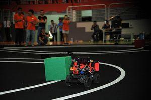 Bán kết cuộc thi lập trình công nghệ cho xe tự hành