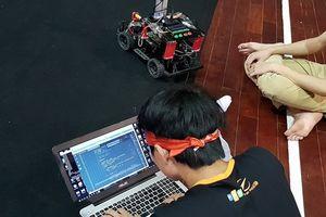 Đã xác định 8 đội lọt vào chung kết thi lập trình công nghệ cho xe tự hành