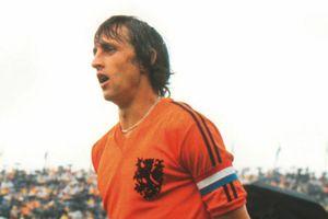 Crespo: Messi hãy cải thiện mình và nhìn 'thánh' Johan
