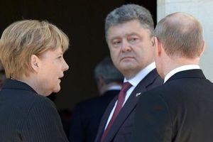 Tổng thống Nga đã 'bị ép' ký lệnh ngừng bắn tại Donbass?