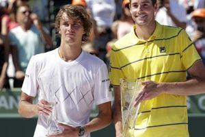 Gục ngã ở chung kết Miami Open, Zverev gửi lời cám ơn đến Isner