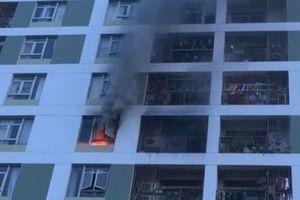 Cháy căn hộ tầng 8 chung cư Parc Spring là do cục sạc dự phòng