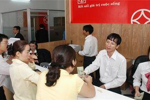 Phụ nữ còn gặp nhiều trở ngại trong tìm việc làm và tiếp cận thông tin tín dụng