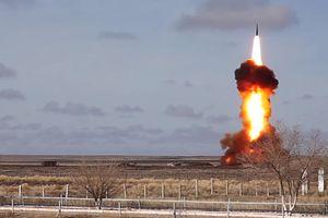 Xem quân đội Nga thử nghiệm tên lửa đánh chặn cực mạnh