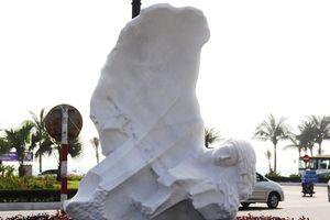 Đặt tượng Sóng biển của điêu khắc gia Na Uy tại Đà Nẵng