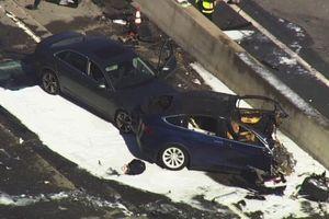 Tai nạn chết người của hệ thống Autopilot trên xe Tesla Model X