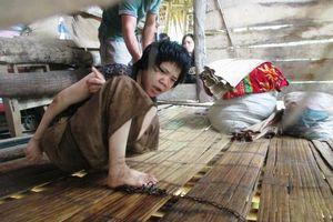 Xót xa cuộc đời quanh quẩn trong chòi lá 4m2 của cô giáo xứ Thanh