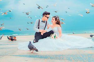 Bộ ảnh cưới ngọt ngào của cặp đôi thích đi phượt