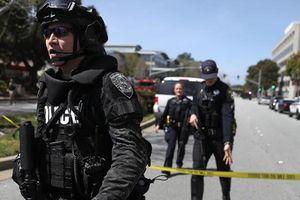 Nổ súng ở trụ sở YouTube: Nghi phạm chết, 3 người bị thương