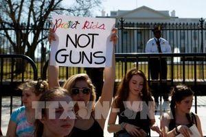 Giới lãnh đạo Thung lũng Silicon góp tiếng nói yêu cầu siết chặt kiểm soát súng