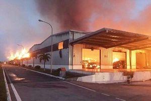 9 tiếng đồng hồ vật lộn cứu hỏa ở nhà máy sản xuất sợi KCN Hải Yên