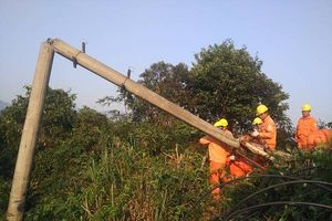 Điện Biên: Xử lý sự cố mất điện cả huyện Điện Biên Đông