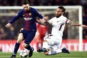 AS Roma 'dâng' chiến thắng cho Barcelona