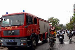 Cháy liên tiếp tại ngôi nhà 2 tầng, nhiều người hoảng loạn