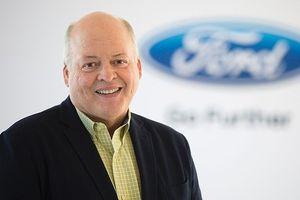 CEO của Ford, Jim Hackett kiếm được 17 triệu USD trong năm 2017